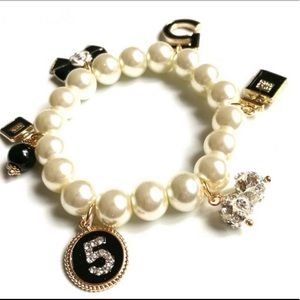 Jewelry - Pearl bracelet Inspired Crystal No.5